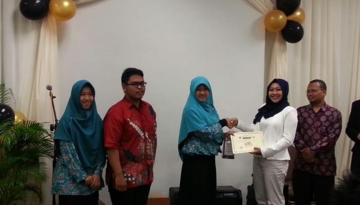7452-menang-kompetisi-asean-youth-initiatives-2016-berkat-lendir-ikan